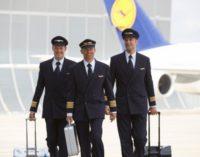 Lufthansa будет проверять пилотов на алкоголь и наркотики