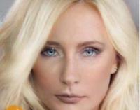 Сеть потешается над Путиным в женском парике
