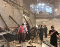 В Индонезии в доме фондовой биржи обрушился целый этаж