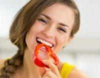 Диетологи озвучили наиболее полезные перекусы между основными приемами пищи