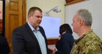 Экс-министр Булатов снова будет работать в Кабмине