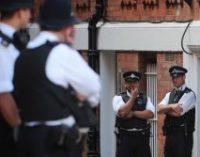 В Манчестере пострадали пять человек при наезде машины на пешеходов